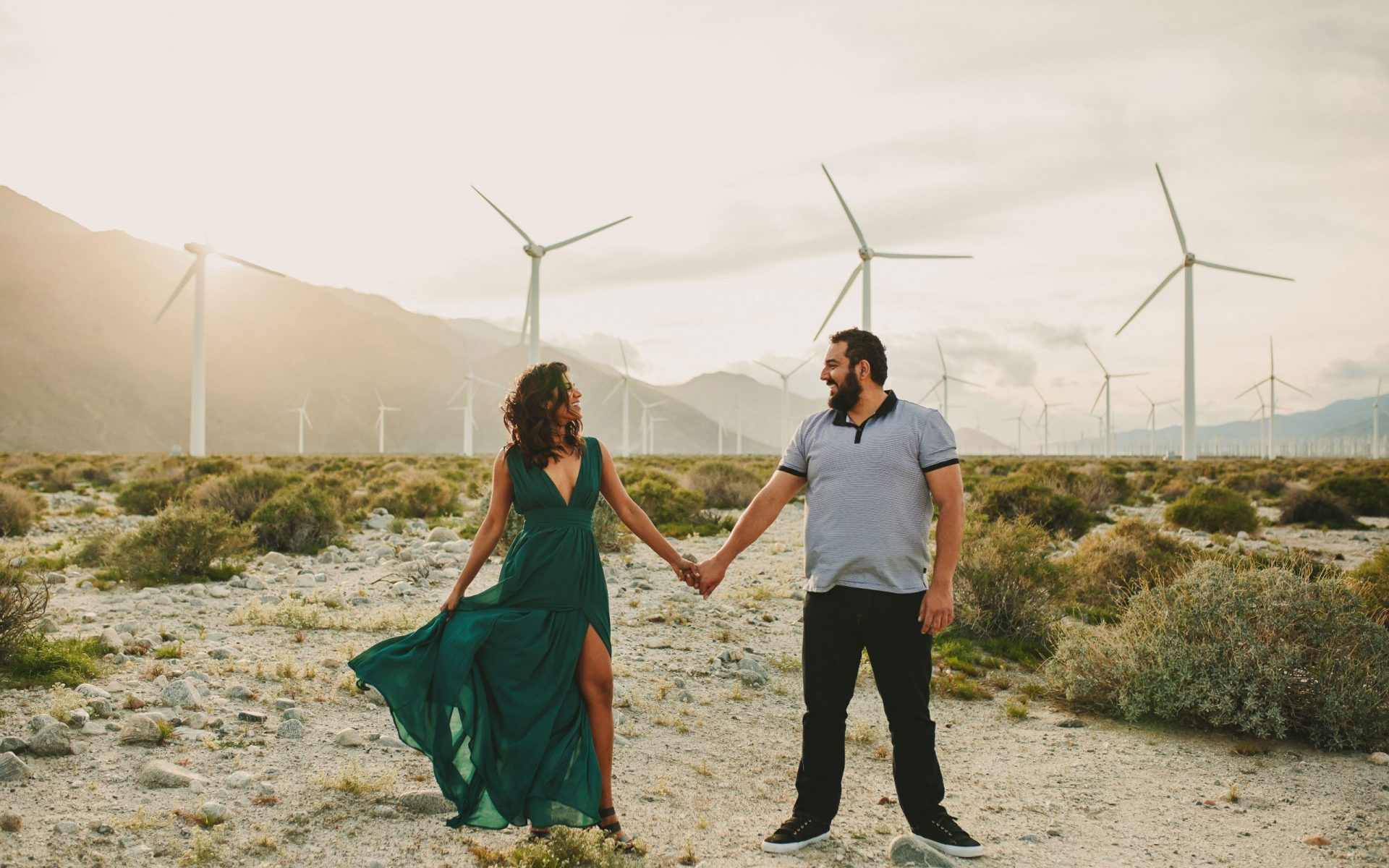 7 Best Palm Springs Engagement Photo Locations